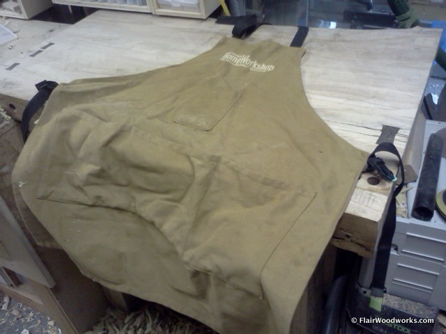 Canadian Home Workshop Apron1