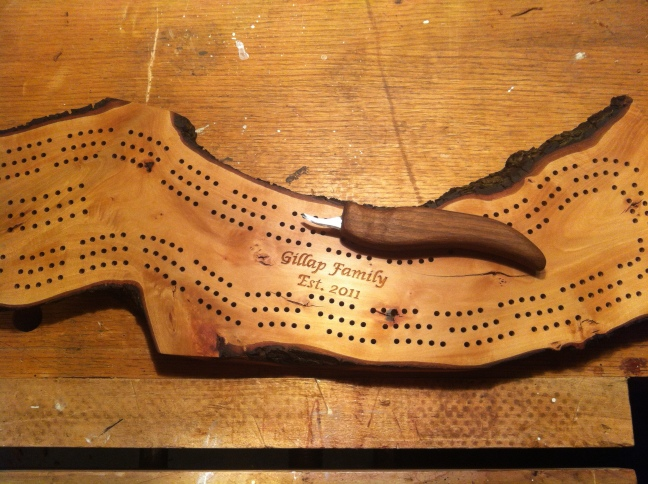 Cribbage Board #8 with letter carving (Photo by Grant McMillan)