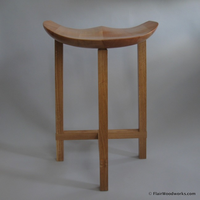 Sulpted Stool Stool Back